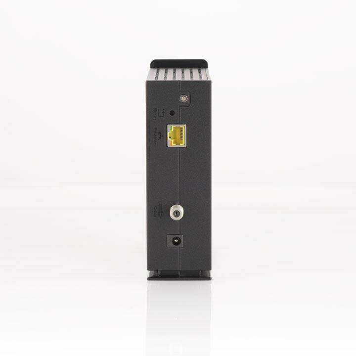 CM3200- Lightboxpic 3