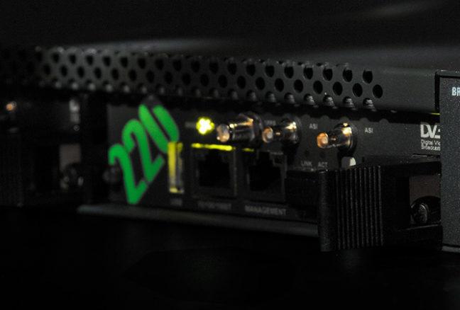 VB220- Lightboxpic 1